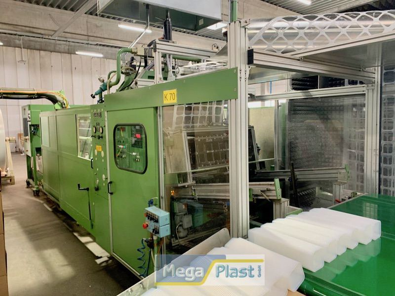 Gabler M90 Thermoforming machine with tilting table